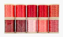 Wonderfil garens, rood.Assortiment van 10 klossen garens in diverse tinten rood voor patchen, quilten en borduren. Rayon, 40 wt, 150 m.
