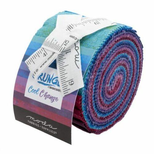 Grunge Junior Jelly Roll Cool Change, tien kleuren bijna effen Grunge-stoffen in het spectrum blauw-paars. Een ontwerp van Basic Grey voor Moda. Quiltstof, 100% katoen.
